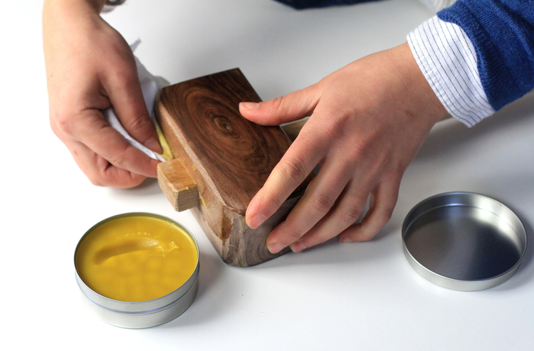 Масло с воском